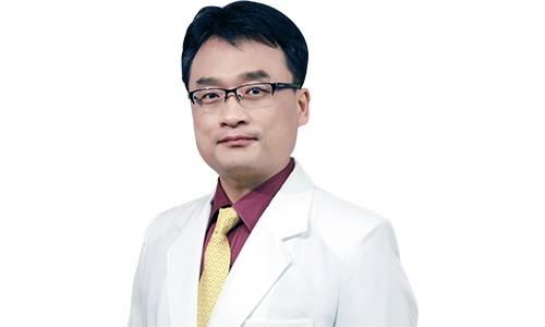 bác sĩ cố vấn chuyên môn chuyên khoa căng da