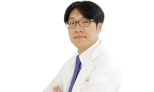 bác sĩ cố vấn chuyên khoa căng da