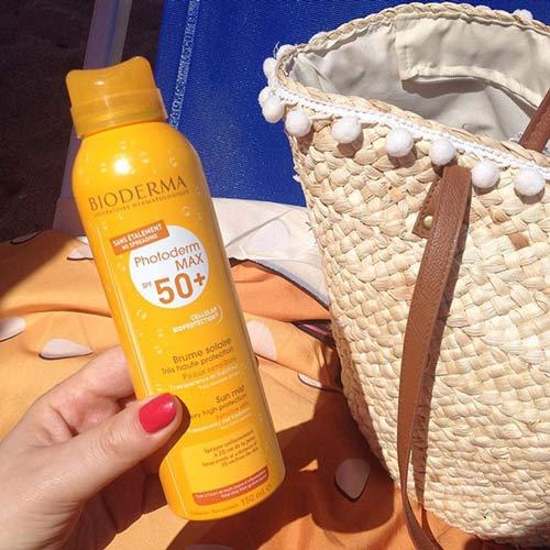 kem chống nắng bioderma spray